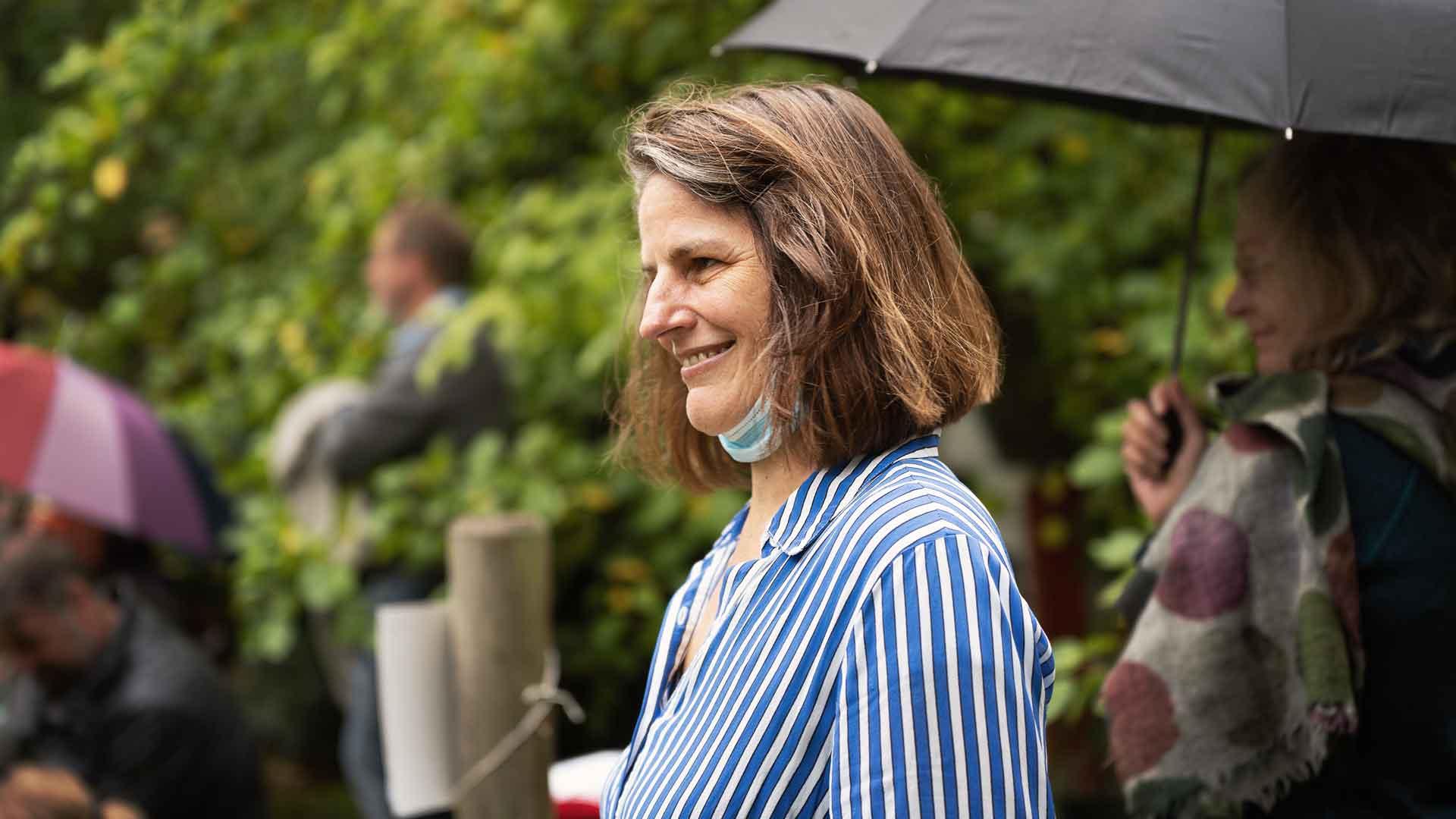 Festivalmacherin Astrid Engel beim Balkon der freien Künste 2020